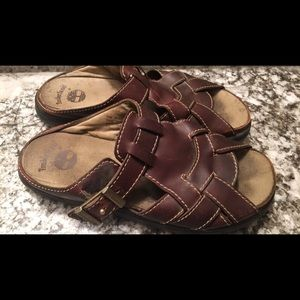Men's Timberland leather sandal fits like 9